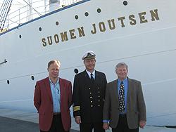 Standing near the Suomen Joutsen